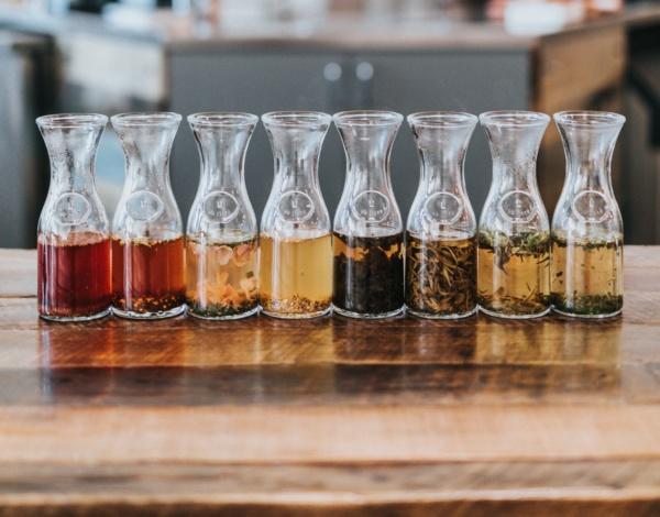 Le 4 regole dell'erboristeria per sgonfiare, snellire, depurare e detossicare